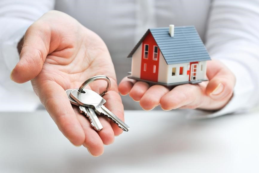 Should I Pick a Mortgage Broker or a Mortgage Lender?